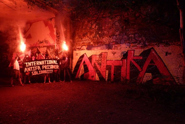 North London Anti-Fascists break out the ultra-style and a sick mural for J25!